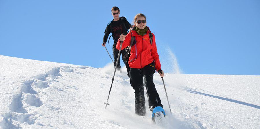 Schneeschuhwandern & Yoga im Winterparadies